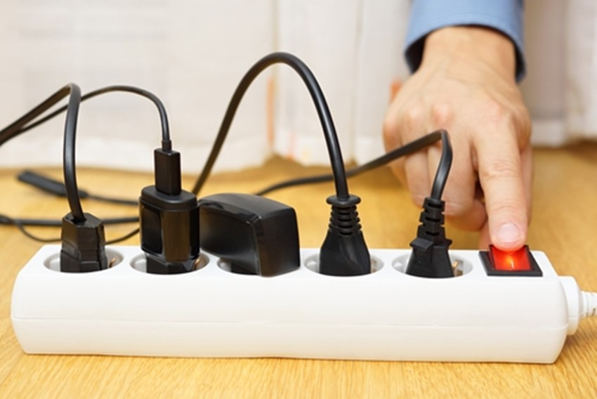 Older-homes-cannot-handle-the-amount-of-electricity-we-use-today_1137_40109034_0_14123068_500