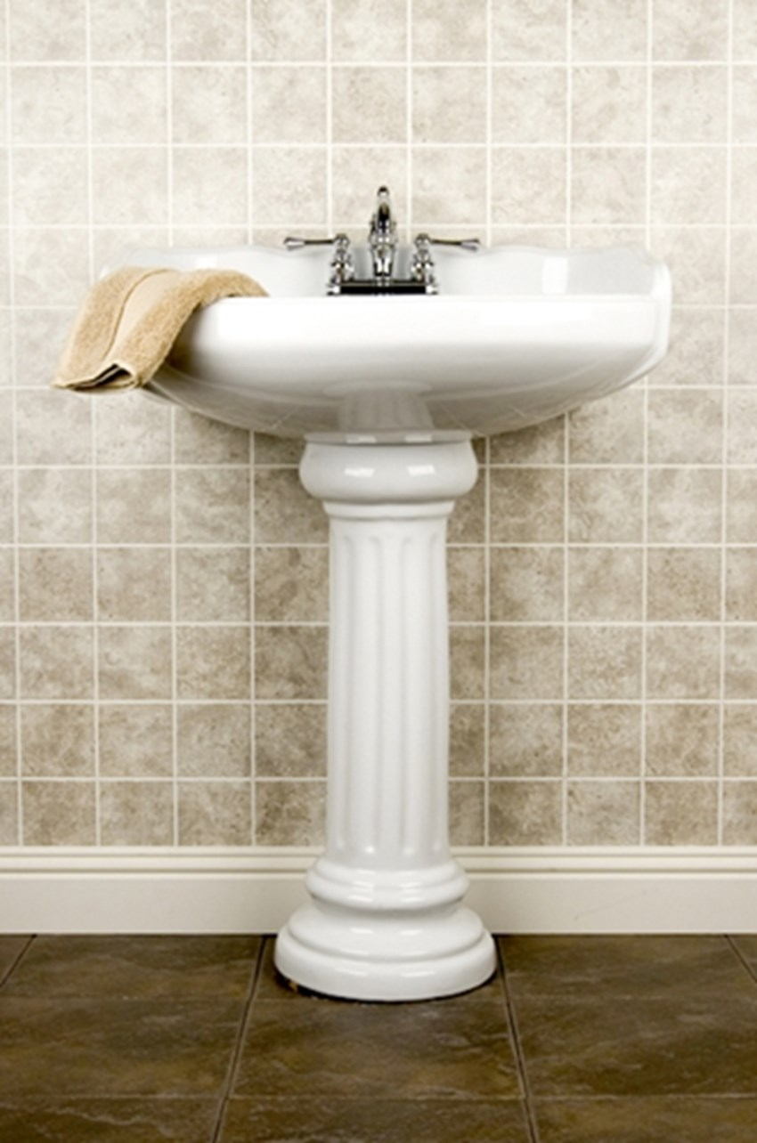 Always-set-a-bathroom-remodeling-budget-with-room-for-unexpected-costs-_1137_40020465_0_14109367_500