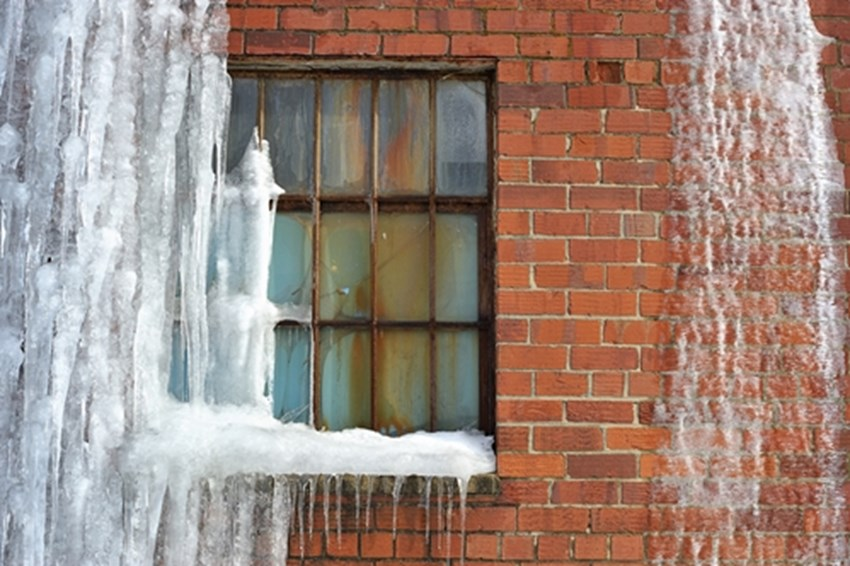 Keep-the-cold-out-of-your-home-by-repairing-your-windows_1137_40097693_0_14120205_500