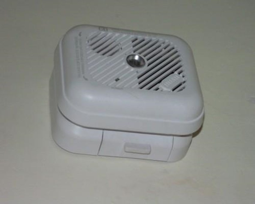 Installing-smoke-detectors-in-your-new-home-can-make-you-eligible-for-homeowners-insurance-discounts-_1137_613129_0_1200_500