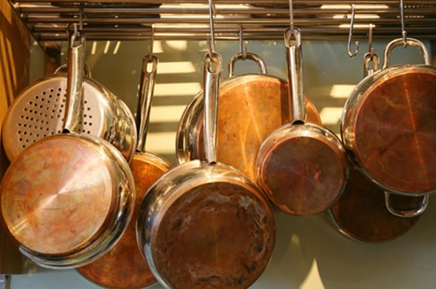 Hanging-pots-can-free-up-space-in-your-kitchen-_1137_40044354_0_14091902_500