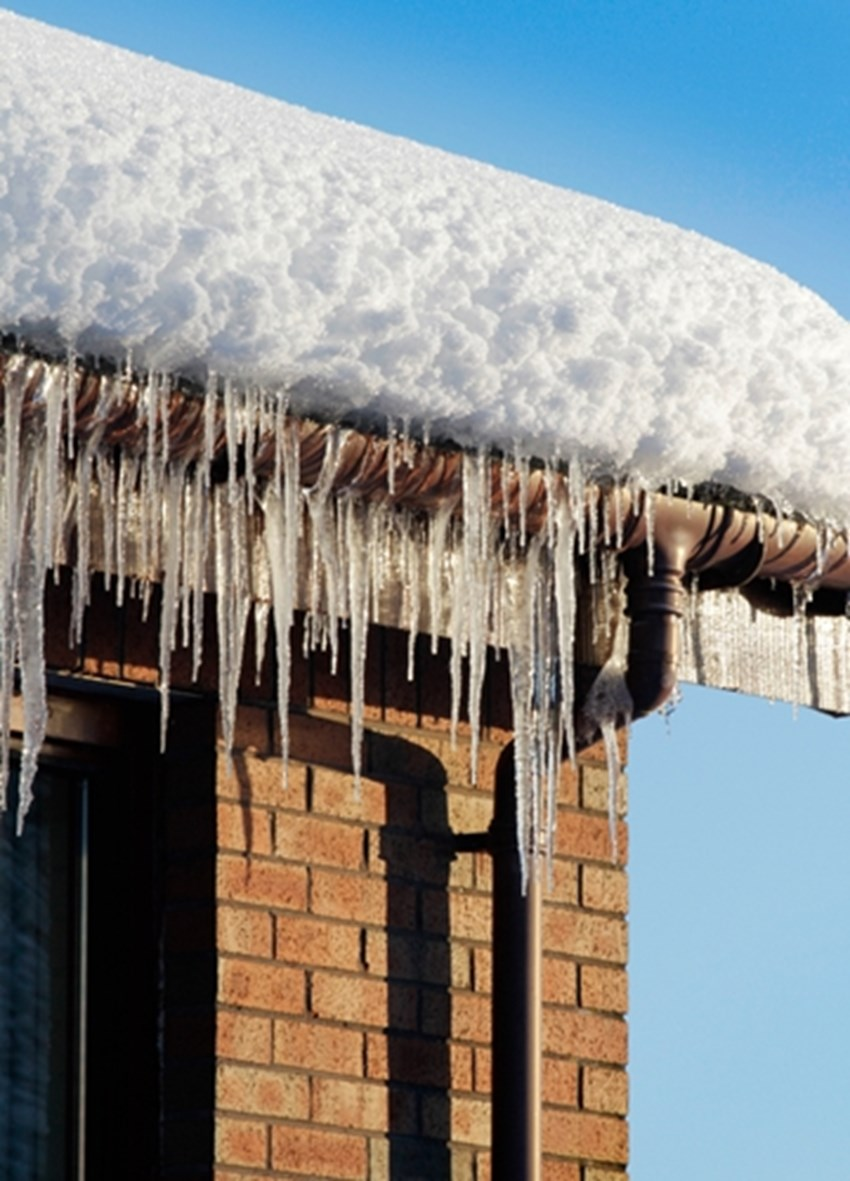 A-long-winter-may-have-left-your-roof-damaged-and-in-need-of-repair-or-even-replacement-_1137_40043298_0_14111575_500